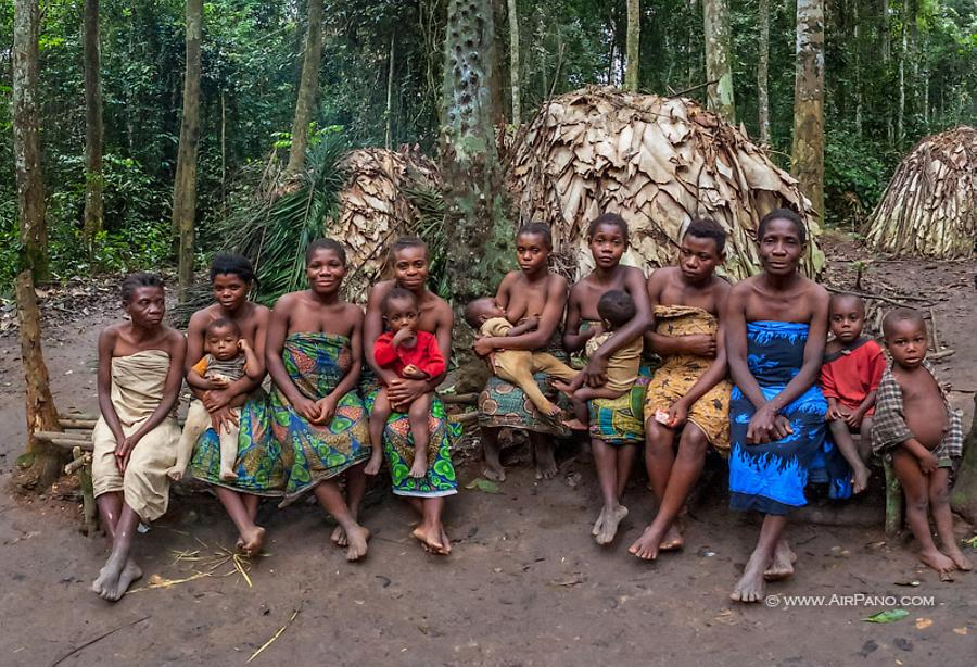 Baka people in Cameroon, © AirPano