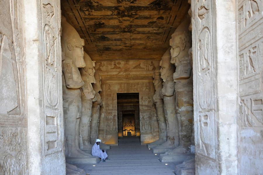 Abu Simbel - Great Temple; Inside