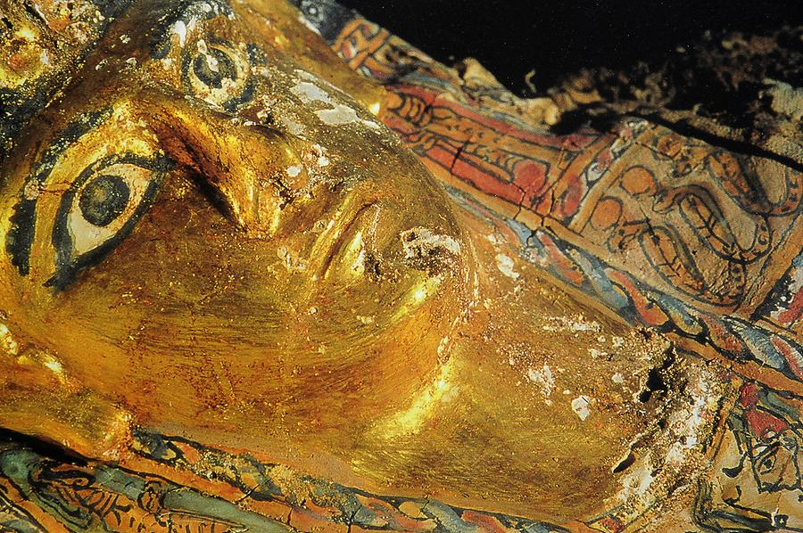 'Valley of the Golden Mummies' - Tombs