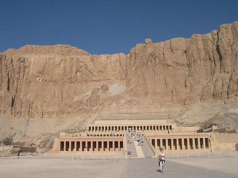 Temple of Hatshepsut (2)