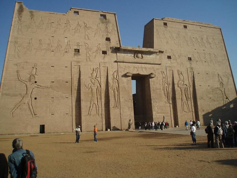 Temple of Edfu (3)