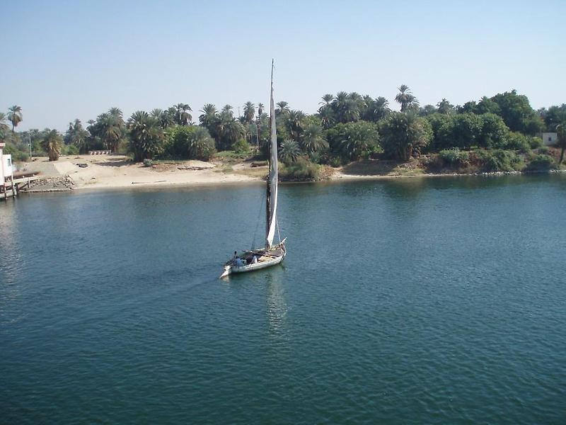 Nile River, Edfu (4)