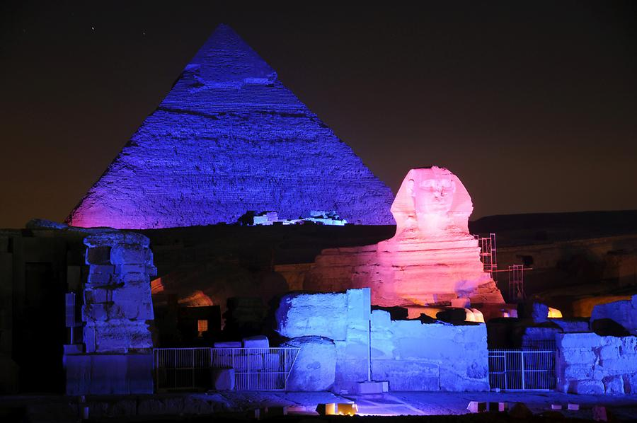 Sphinx and Pyramid of Khafre