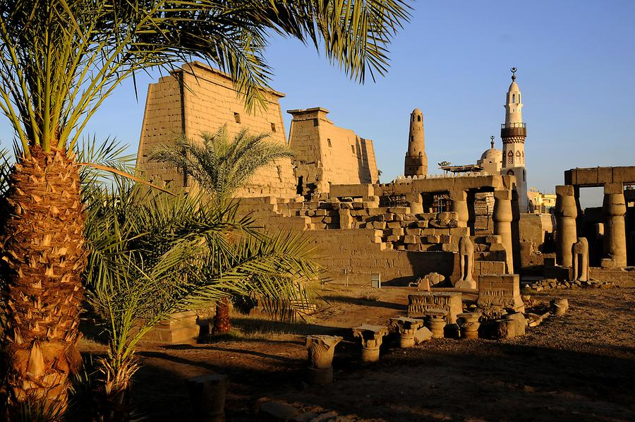 Luxor Temple Complex - Mmosque