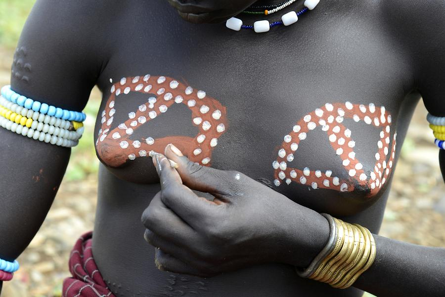 Mursi Woman - Body Painting