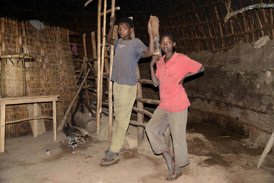 Sidama People - Hut; Inside