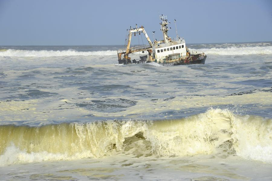 Shipwreck at Skeleton Coast
