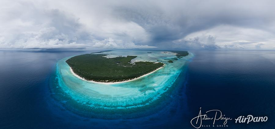 Aldabra atoll, incoming clouds of a tropical depression system North of Madagascar, © AirPano