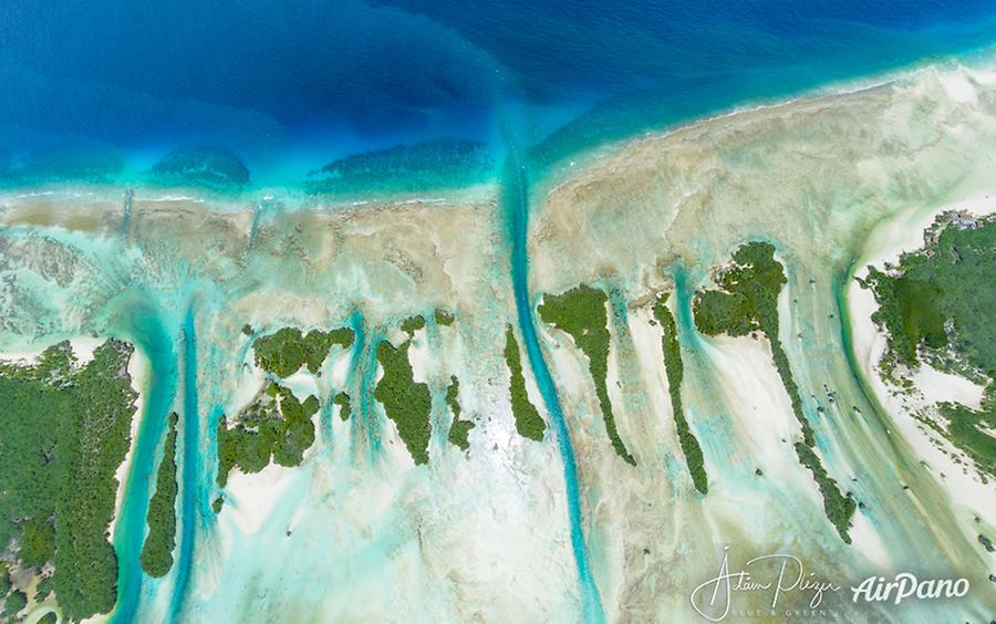 Little islands of Aldabra, © AirPano
