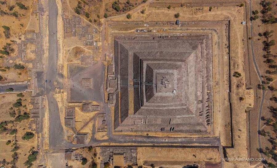 Pyramid of the Sun. Top view