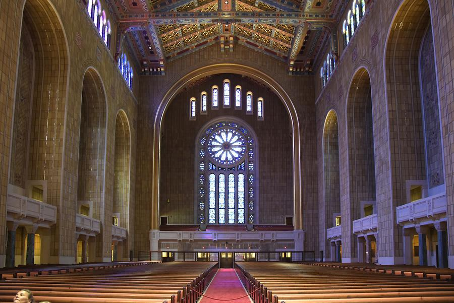 Congregation Emanu-El of New York - Inside