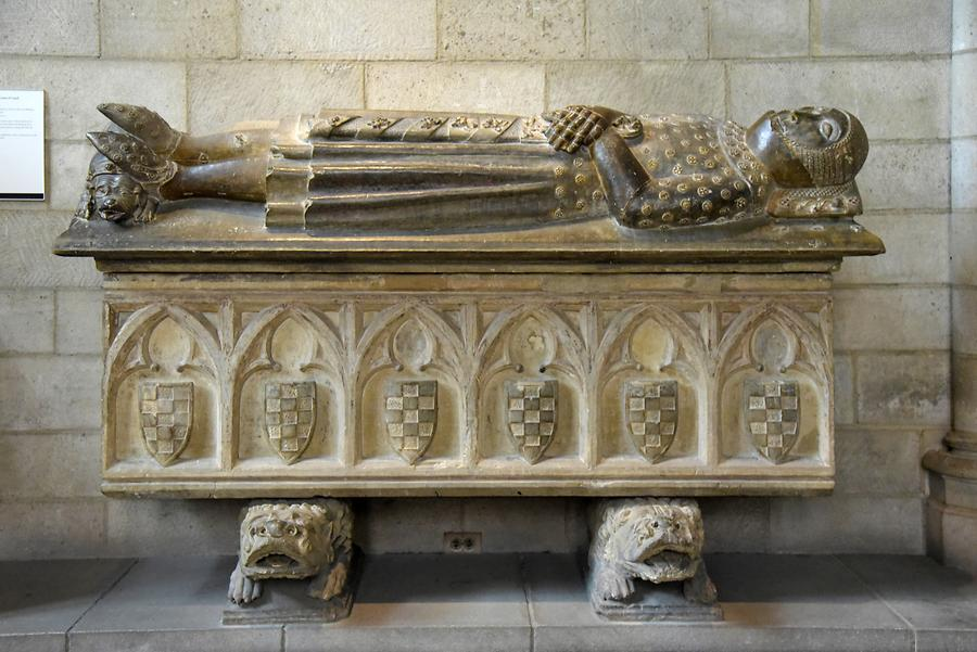 The Cloisters (MET) - Sarcophagus