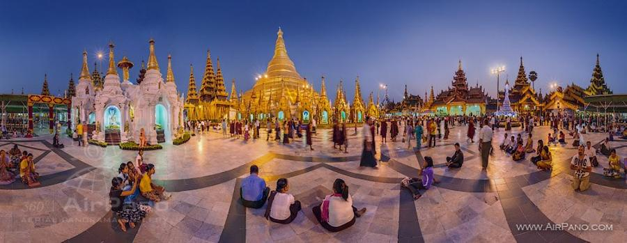 Shwedagon Pagoda at dusk
