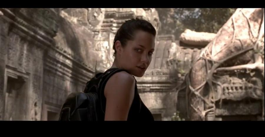 Angelina Jolie in Lara Croft - Tomb Raider - 2001