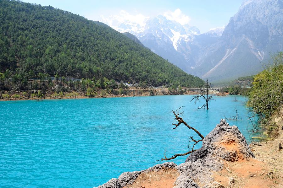Jade Dragon Snow Mountain - Turquoise Lakes