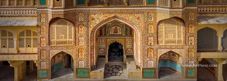Amer Fort, Ganesh Gate