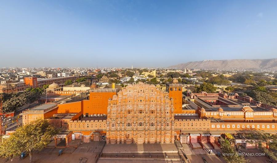 Hawa Mahal (Palace of Winds)
