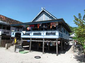 Houses Built on Stilts (1)