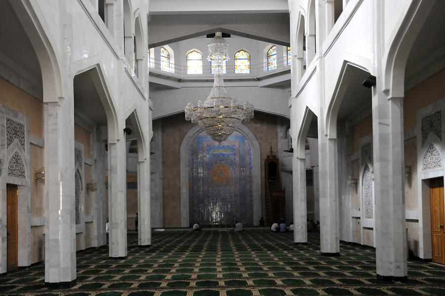 Central Mosque - Inside