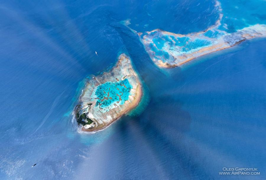 Southern Maldives - Over the coral reef