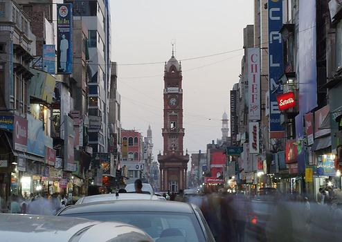 Ghanta Ghar Bazaar, Photo: Ab Basit007, from Wikicommons