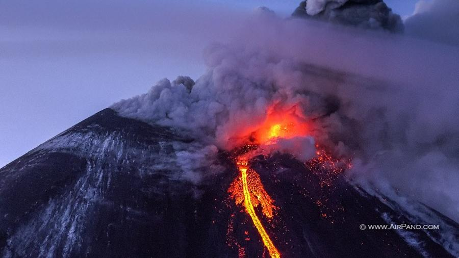 Klyuchevskaya Sopka eruption