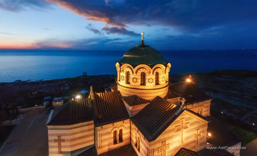 St. Vladimir Cathedral in Chersonesus at night