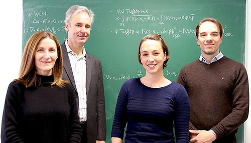 project supervisors Ilaria Perugia and Götz Bokelmann with their post-doc researchers Sofi Esterhazy who runs the simulations and Felix M. Schneider who compares them to real-life data