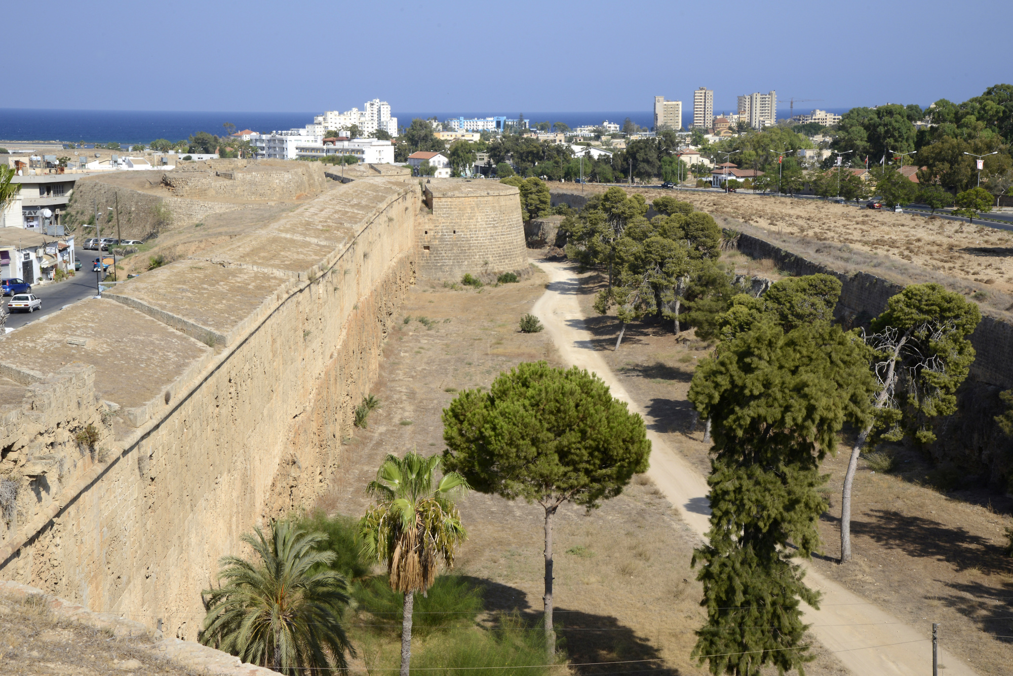 Famagusta - City Walls (3) | Nicosia | Pictures | Cyprus in
