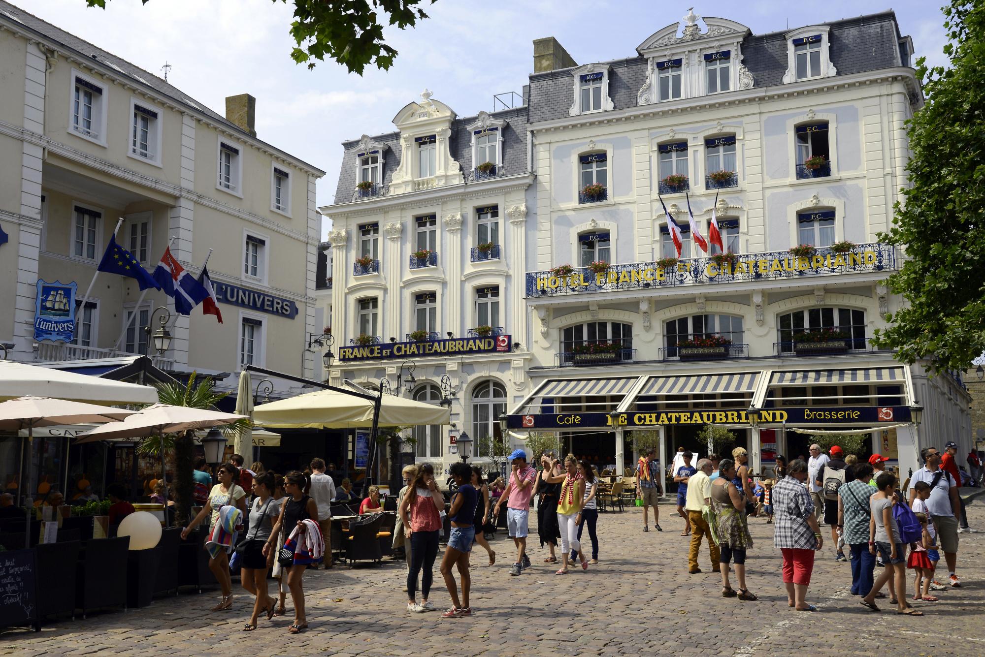 St malo ville close 5 saint malo pictures france for B b saint malo