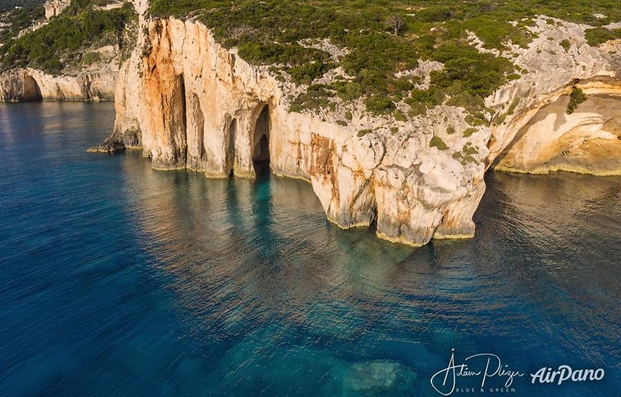 Blue caves, © AirPano
