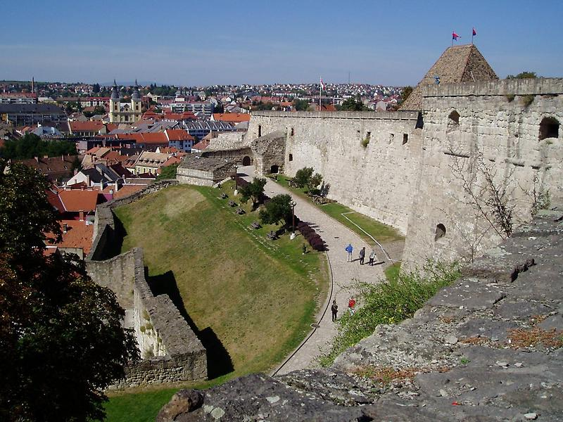 Walls of the fortress, Eger
