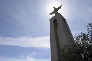 Statue 'Christ the King' in Almada