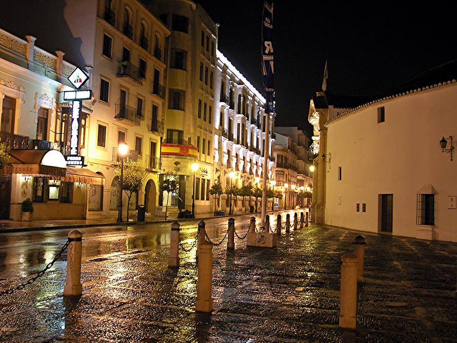 Ronda at night