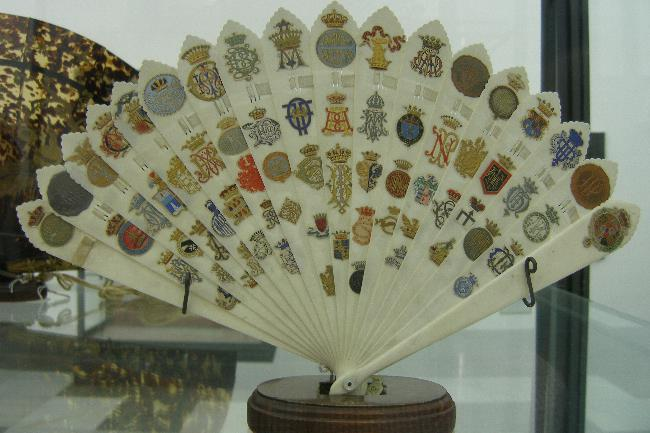 Aranjuez fan collection (1)