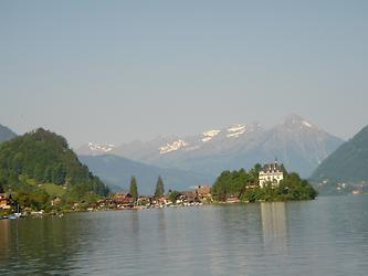 Iseltwald and boat to Giessbach