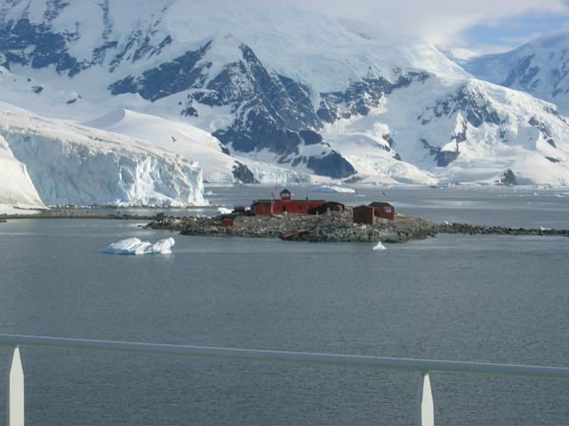 Argentine Antarctic research station