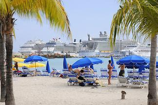 Philipsburg - Cruise Ships