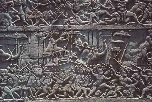 Again, the inner walls are covered with reliefs. Elephants were used again and again in battles as mounts.