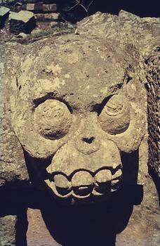 One of the representations of the death at the plattform of sacrifice on the western stairway of Temple STR 10L-16 in the centre of the Acropolis of Copán.