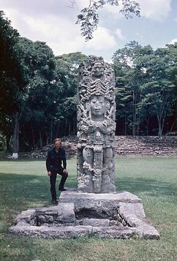 Stele 10L-A in the Plaza Mayor of Copán\Photo: Annegrete Vogrin 1968
