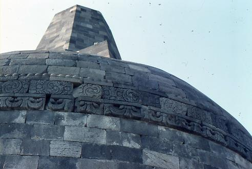 The crowning big stupa on the top of Borobudur